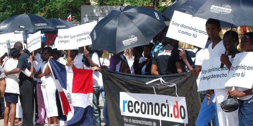 AI denuncia que quedan miles de personas que no cuentan con nacionalidad dominicana ni haitiana.